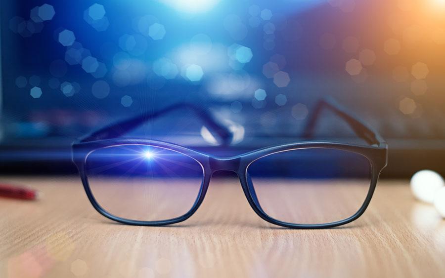 Mavi Işık Engelleyici Filtreyi Kim İcat Etti ?